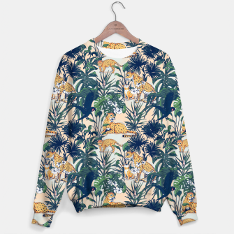 Mother nature in the rainforest Sudadera thumbnail image