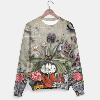 Thumbnail image of THE LOST KINGDOM Sweater, Live Heroes