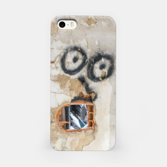 Miniatur Wall-Eyed Surprise iPhone Case, Live Heroes