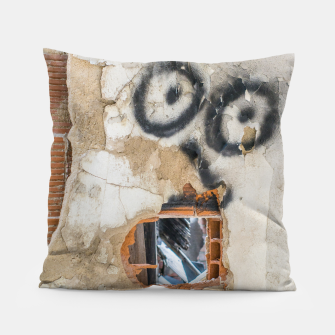 Miniatur Wall-Eyed Surprise Pillow, Live Heroes