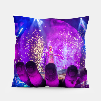 Thumbnail image of Katy Perry - Witness The Tour (Pillow), Live Heroes