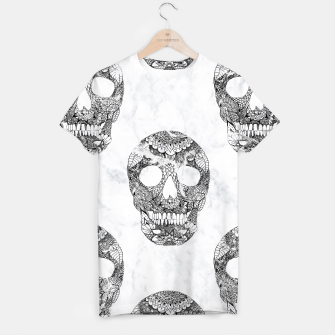 Thumbnail image of Modern hand drawn floral lace black marble skulls pattern T-shirt, Live Heroes