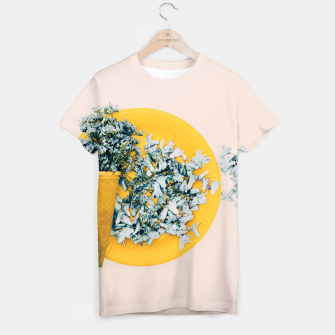 Thumbnail image of Delicate Spring breakfast Camiseta, Live Heroes