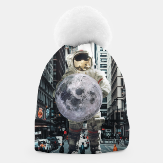 Miniature de image de To the Moon and BACK Beanie, Live Heroes