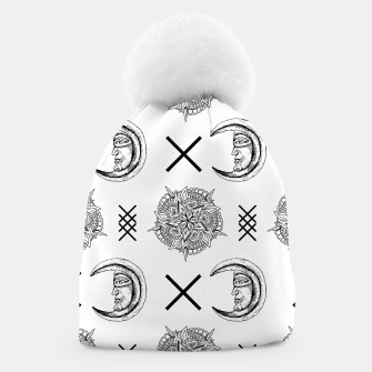 Miniature de image de Boho in Black and White Beanie, Live Heroes