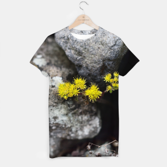 Imagen en miniatura de Yellow little flowers Camiseta, Live Heroes