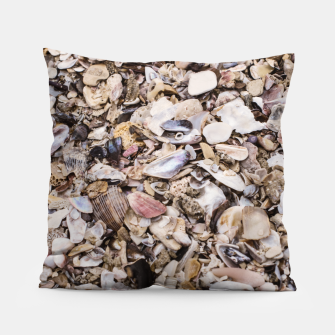 Broken shells Pillow Bild der Miniatur
