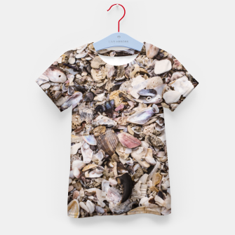 Broken shells Kid's T-shirt Bild der Miniatur