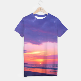 Thumbnail image of Broken sunset by #Bizzartino T-shirt, Live Heroes