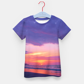 Thumbnail image of Broken sunset by #Bizzartino Kid's T-shirt, Live Heroes