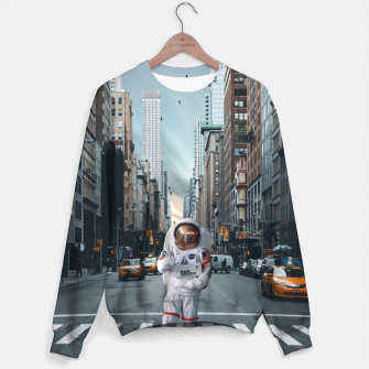 Thumbnail image of Astronaut In NYC Bluza, Live Heroes