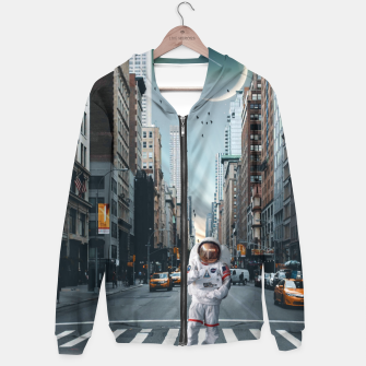 Thumbnail image of Astronaut In NYC Bluza z kapturem, Live Heroes