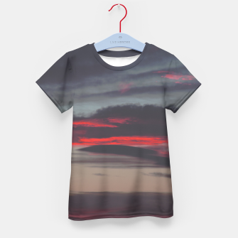 Thumbnail image of Beautiful image of the sky as night falls Kid's T-shirt, Live Heroes
