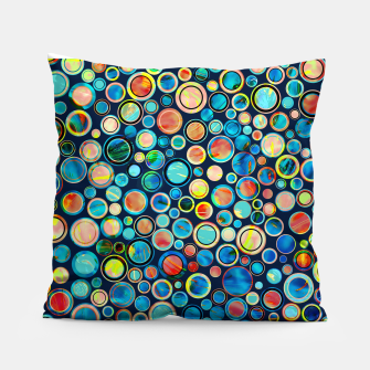 Dots on Painted Background Pillow imagen en miniatura