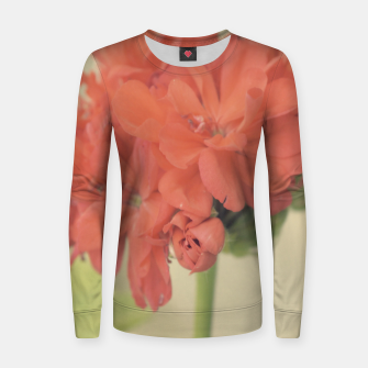 Thumbnail image of Close-up Zonal Pelargonium Flower Woman cotton sweater, Live Heroes