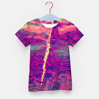 Thumbnail image of Sky Trail Kid's t-shirt, Live Heroes