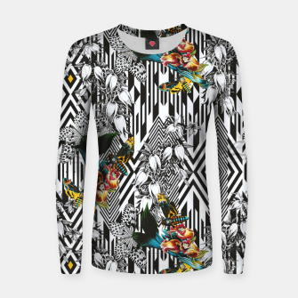 Thumbnail image of Flowery Geometric Mosaic With Butterflies Sudadera de algodón para mujer, Live Heroes