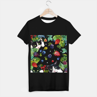 Cats and berries T-shirt regular Bild der Miniatur