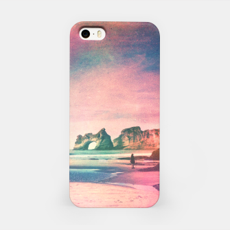 The Traveler iPhone Case Bild der Miniatur