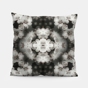 Miniaturka White lace  Pillow, Live Heroes