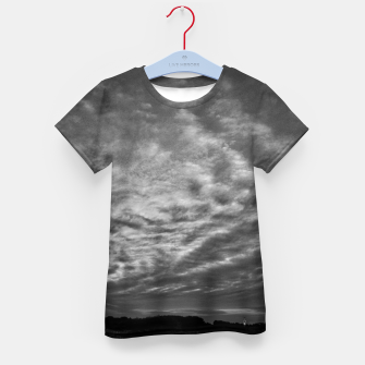 Thumbnail image of Dramatic Sky Kid's t-shirt, Live Heroes