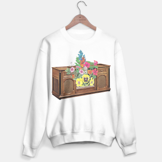 Thumbnail image of Vintage Television Sweater regular, Live Heroes