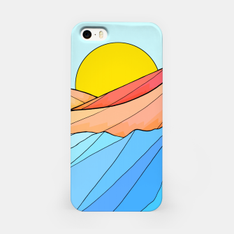 Miniaturka The beach and the sea iPhone Case, Live Heroes