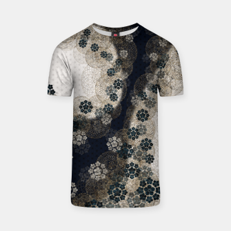 Thumbnail image of Japanese traditional family emblem art Cherry blossoms blue T-shirt, Live Heroes