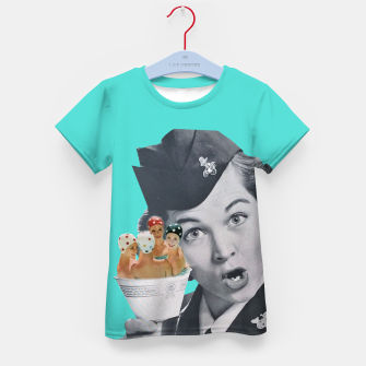 Imagen en miniatura de Vintage Flight Attended with a Cup of Swimmers Kid's t-shirt, Live Heroes
