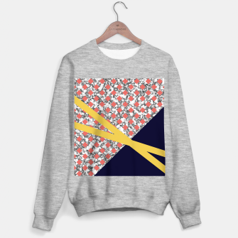 Thumbnail image of Geometric Composition Sweater regular, Live Heroes