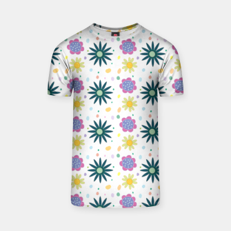 Thumbnail image of Hand drawn floral pattern Camiseta, Live Heroes