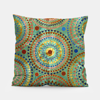 Ethnic geometric circles pattern with golden accents Pillow obraz miniatury