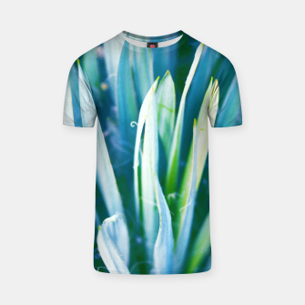 Thumbnail image of Heart of Nature T-shirt, Live Heroes