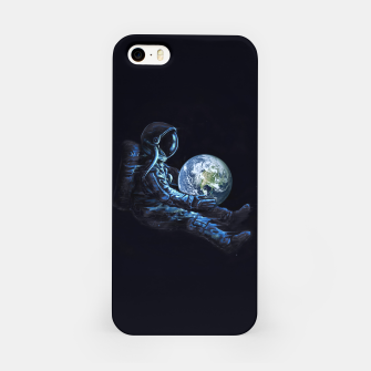 Miniature de image de Earth Play iPhone Case, Live Heroes
