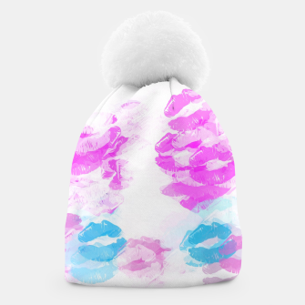 Miniature de image de kisses lipstick pattern abstract background in pink and blue Beanie, Live Heroes