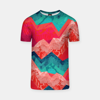 The red textured hills  T-shirt Bild der Miniatur