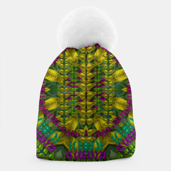 Thumbnail image of Butterfly flower jungle and full of leaves everywhere  Beanie, Live Heroes
