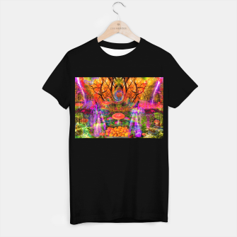 Hypnotic Autumn Magic (psychedelic, nature, mushrooms) T-shirt regular Bild der Miniatur