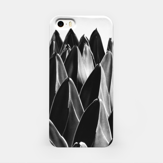 Thumbnail image of Agave Chic #7 Black, Gray White geometrical Leaves on White Background (Queen Victoria Agave) #succulent #decor #art  iPhone-Hülle, Live Heroes