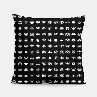 Miniaturka  Retro Gamer - Invaders From Space - 08 Pillow, Live Heroes