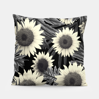 Thumbnail image of Tropical Sunflower Jungle Night Leaves Pattern #2 #tropical #decor #art  Kissen, Live Heroes