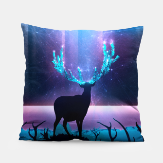 Thumbnail image of Greenery Deer - Sterling Magenta Kissen, Live Heroes