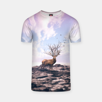 Deer on a Cliff T-shirt Bild der Miniatur