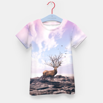 Deer on a Cliff Kid's t-shirt Bild der Miniatur