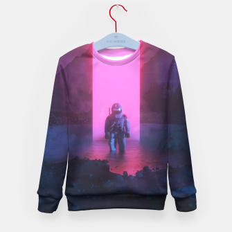 Thumbnail image of Astronaut in pink Kid's sweater, Live Heroes
