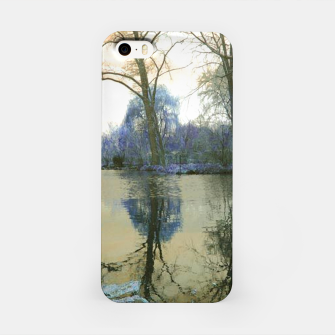 Imagen en miniatura de Sunset in Yellow on The Lake iPhone Case, Live Heroes