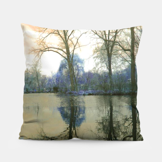 Miniature de image de Sunset in Yellow on The Lake Pillow, Live Heroes