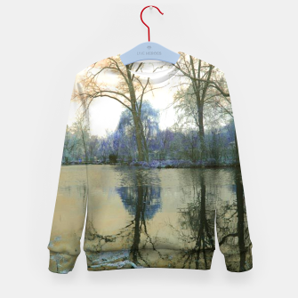 Miniature de image de Sunset in Yellow on The Lake Kid's sweater, Live Heroes