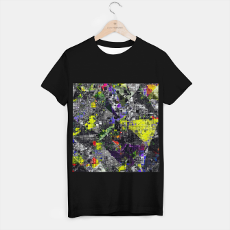 Miniatur geometric triangle and square pattern abstract in yellow red and black T-shirt regular, Live Heroes