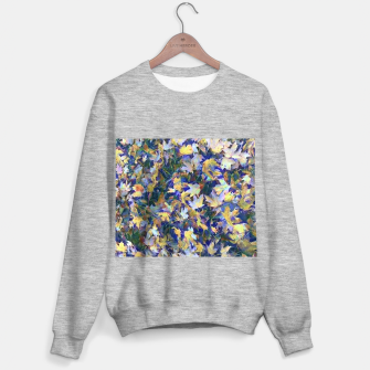 Miniatur Late Fall leaves In Blue Sweater regular, Live Heroes